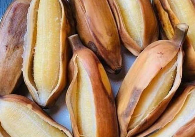 pisang siam rebus